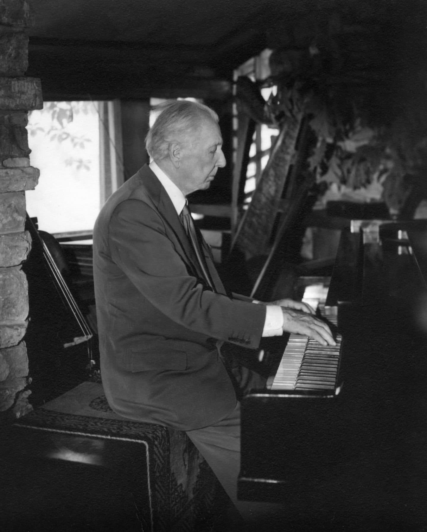 Frank Lloyd Wright Playing The Piano In At Taliesin