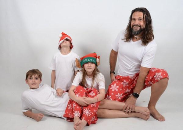 Xmas White Family 6