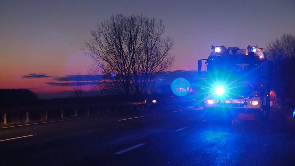 Felborult egy teherautó Noszlopon