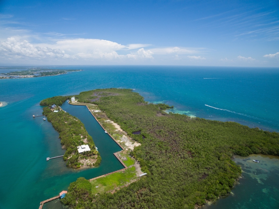 I9044 Placencia Caye Building Lot Re Max 1st Choice