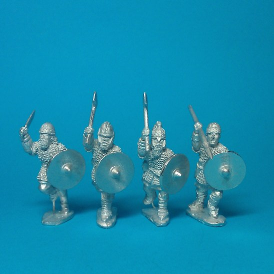 Gedriht, attacking/charging assorted weapons (4)