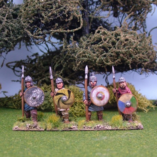 Geoguth ,(Young warriors) standing, helmets, spears(4)