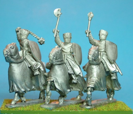 28mm medieval knightswith handweapons and cloaks