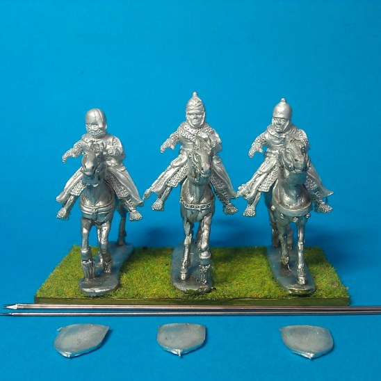 28mm Eastern Europe Mounted Knights 2, mail, couched lance, charging unbarded horses.