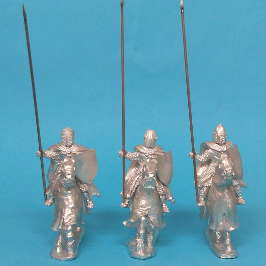 28mm medieval knights with cloaks