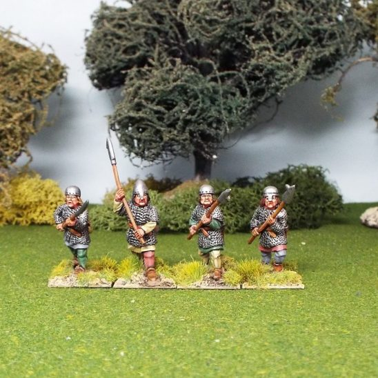 28mm medieval 2 handed polearm wearing, mail, nasal bar and skull cap helmets