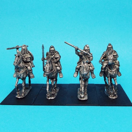 Thracian light cavalry with javelins.