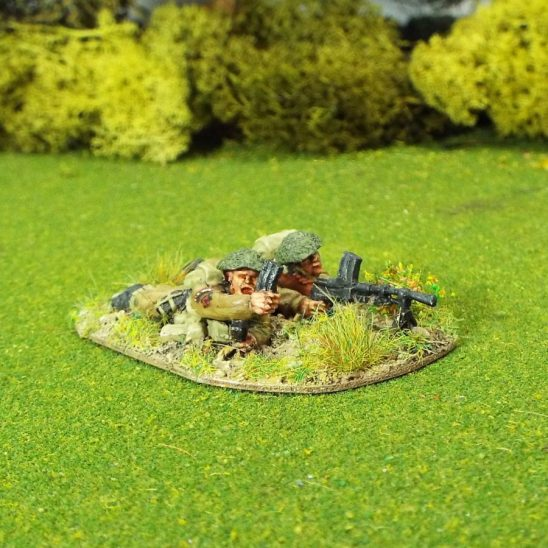 28mm ww2 WW2GB22c Bren Gun Team C (Prone) Covered Helmets