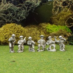 British 6ld Anti Tank Gun Crew