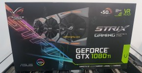 Asus Strix GeForce GTX 1080 Ti Unboxing 1