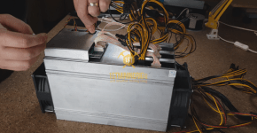 BlackMiner F1+ PSU installation Controller 6pin connection