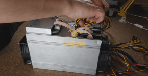 BlackMiner F1+ PSU installation Hashboard 6pin connection 2