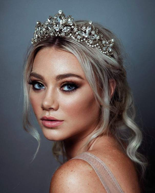 Hair accessories to wear on your wedding day