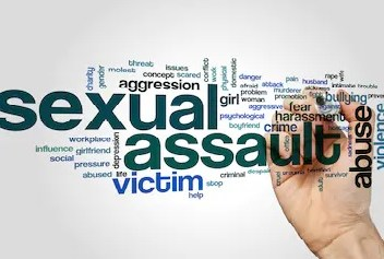 Sexual assault: Lady narrates how two men groped her butt, objectified 9-yr-old cousin in public