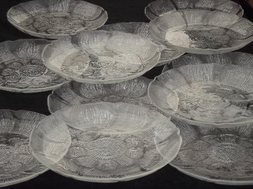 Arcoroc  France Canterbury pattern glass dinner