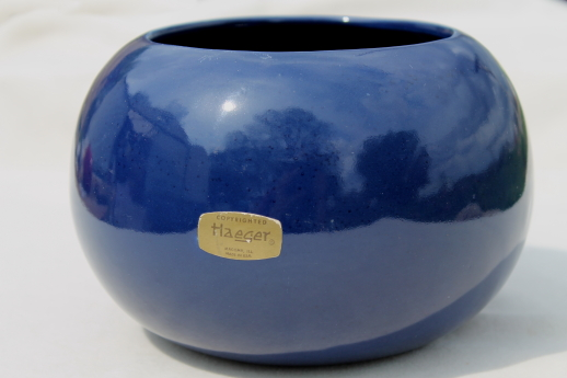 Blue glaze Haeger pottery round ball vase mod flower pot