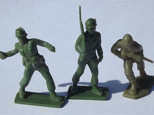 Green plastic army men toy soliders lot vintage made in
