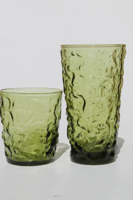 retro avocado green textured glass drinking glasses Lido