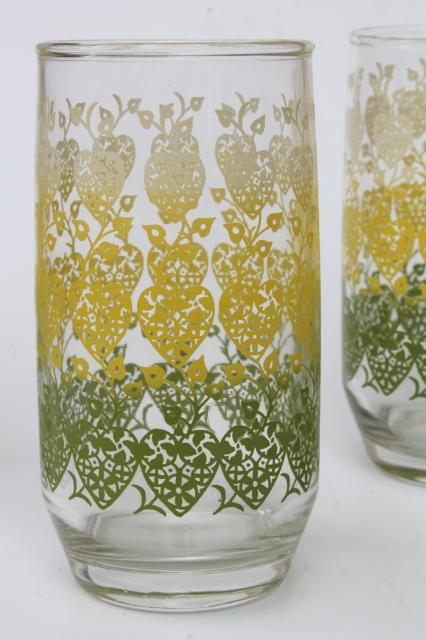 retro vintage hearts  flowers print drinking glasses mid