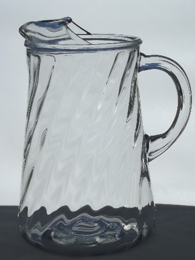 Vintage swirl pattern glass pitcher retro iced tea or
