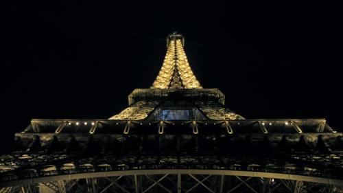 Paris_Eiffelturm_Nacht_1 THING TO DO