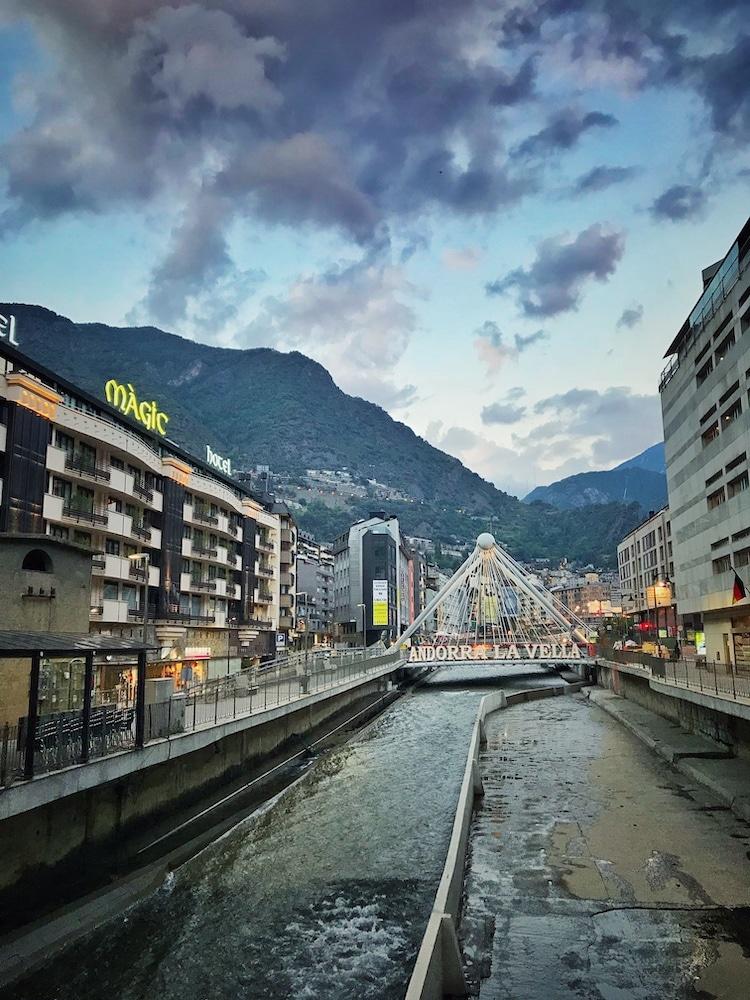 Andorra la Vella: Fotomotiv Pont de Paris