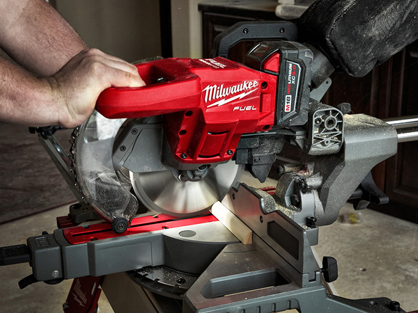 Woodworkers Journal Miter Saw Station