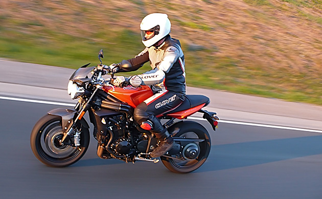 triumph_speed_triple_7