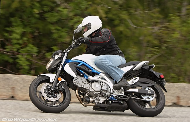 2009 Suzuki Gladius is cuts and thrusts.