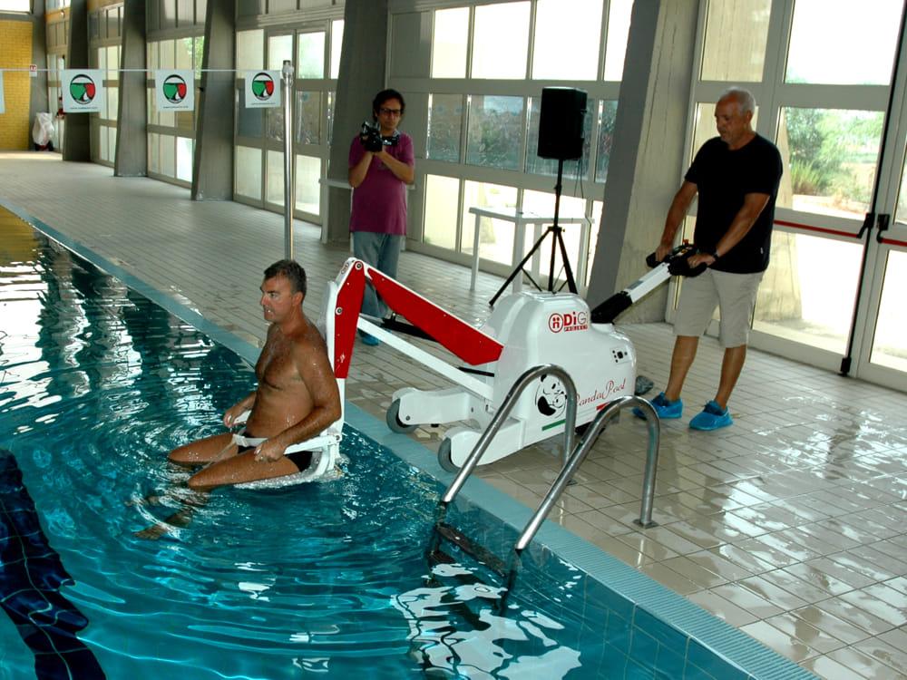 Disabili e nuoto da settembre accesso gratuito alla piscina di Villaseta