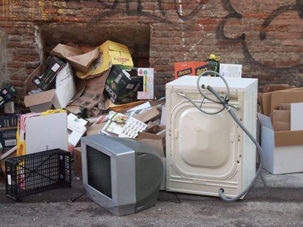 Hera Cambia il finale mobili usati ed elettrodomestici