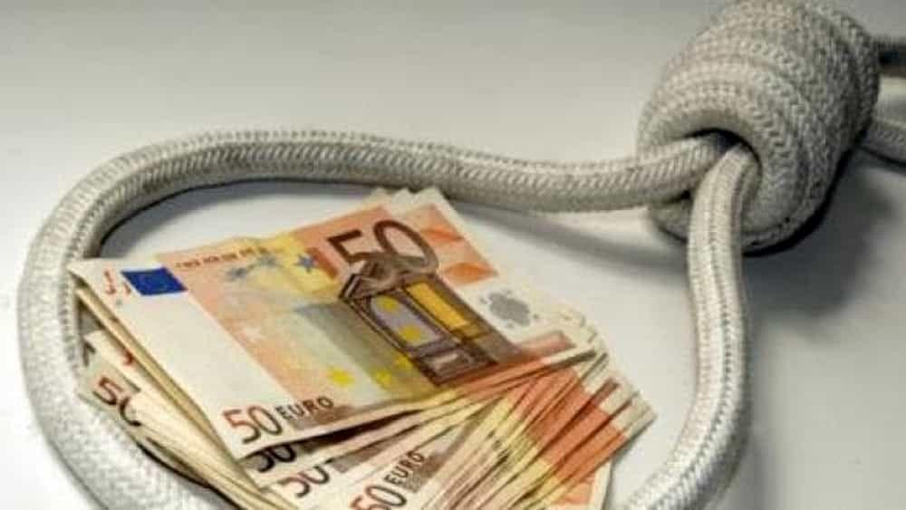 Usura prestiti a strozzo ai connazionali fermato 32enne