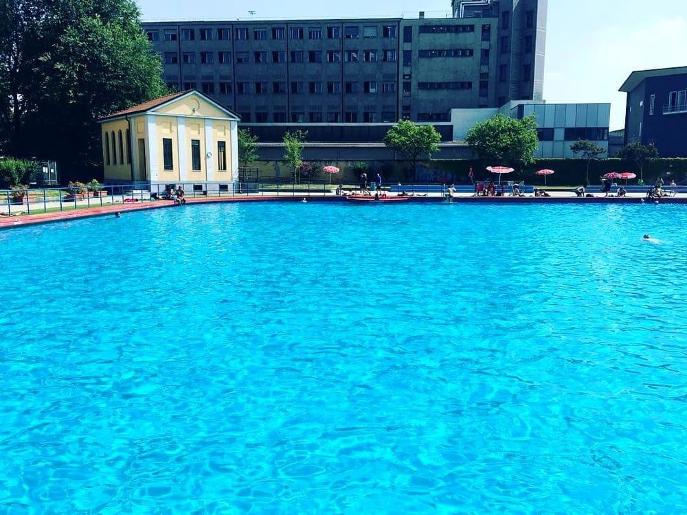 Residenza universitaria nella piscina Romano Milano  Polemiche contro Lambrate Informa che