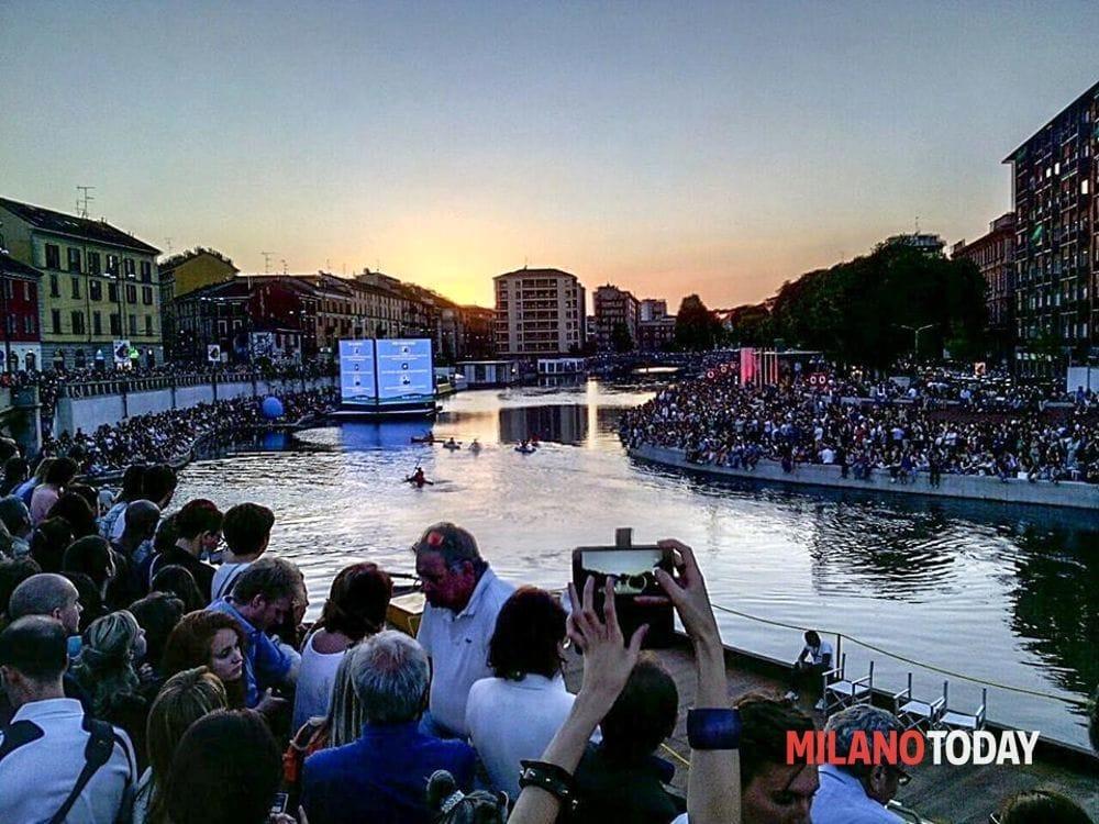 Darsena regolamento 2017  Cene in barca e maxi piattaforma galleggiante