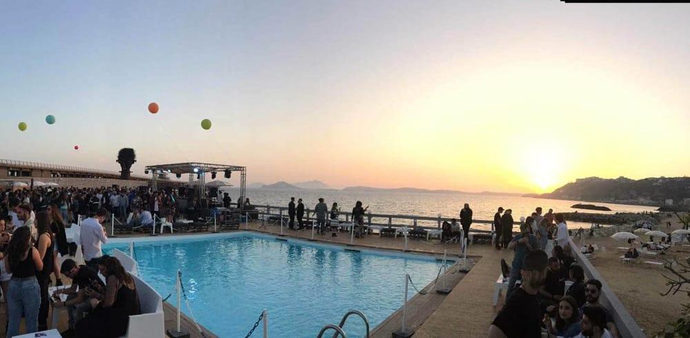 Le 7 piscine allaperto di Napoli pi cool dellestate 2018