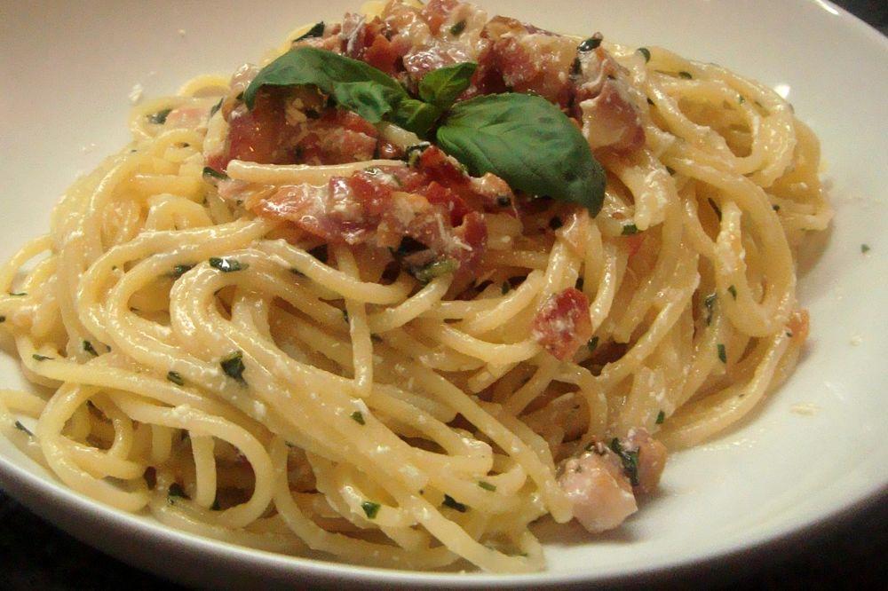Ricetta pasta con pancetta e pecorino versione easy