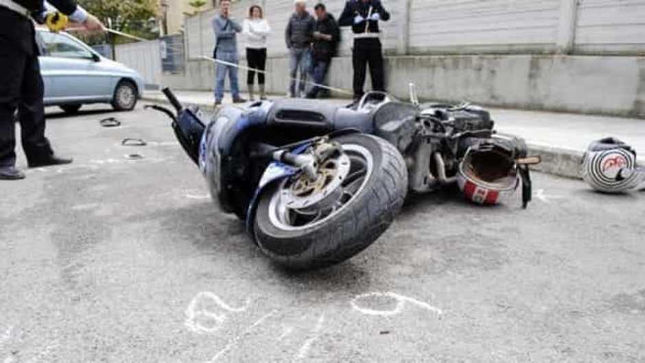 Incidente in scooter: muore un ragazzo di 20 anni