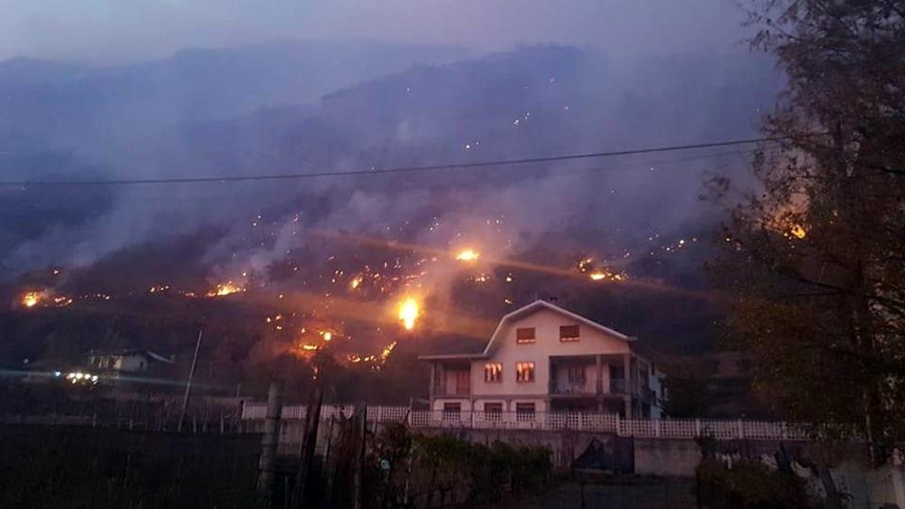 Incendi boschivi  Vigili del fuoco intossicati