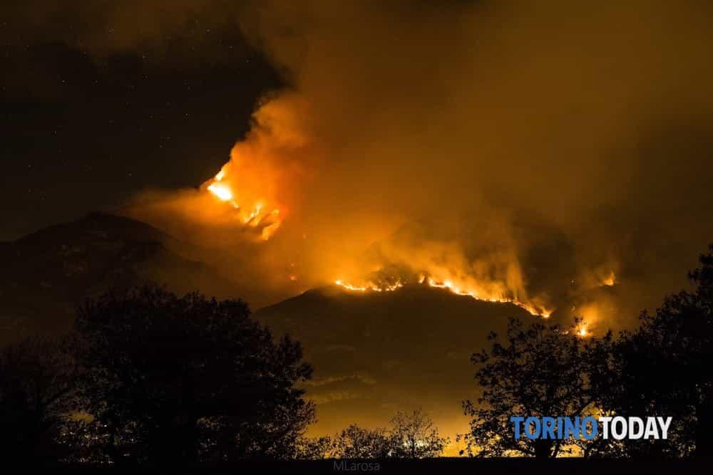 Incendio boschi  Bussoleno  Cumiana  SantAmbrogio