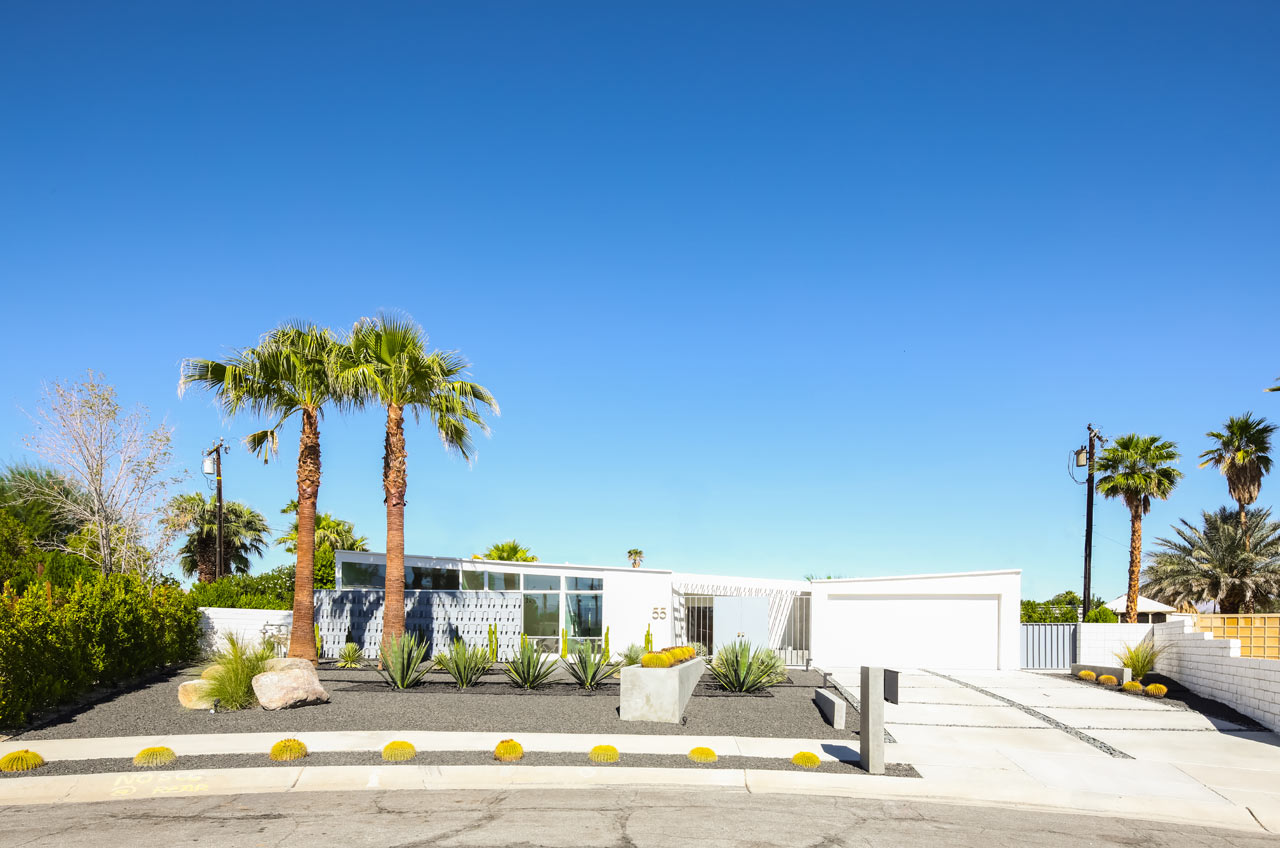 A Palm Springs Mid Century Modern Home Gets Lovingly