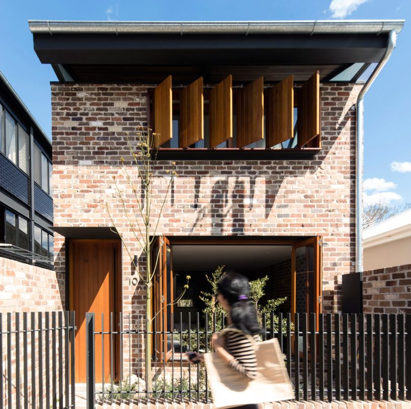 A Sydney House with an Industrial Past Incorporates Some of those Elements