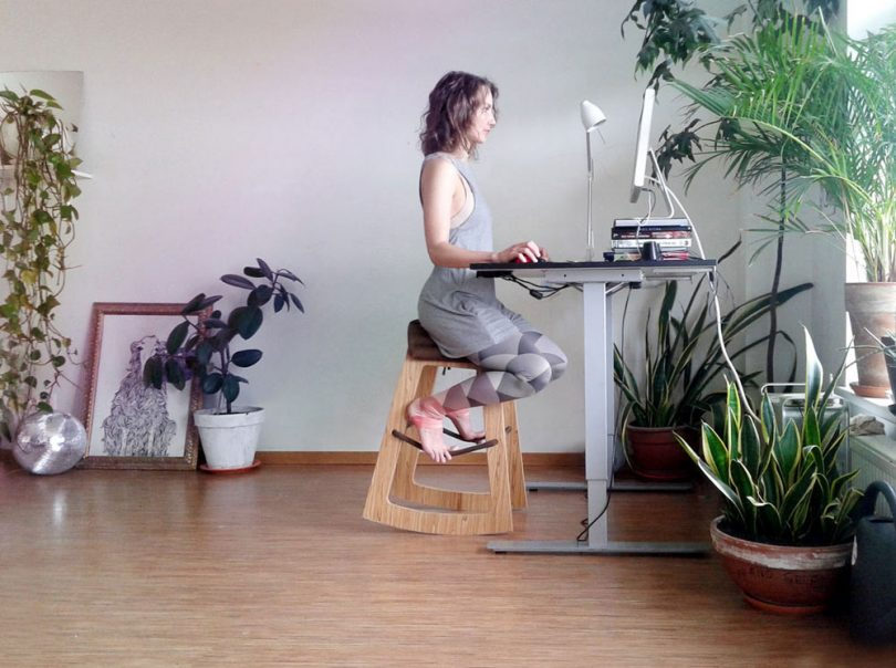 Muista: A New, More Evolved Way to Sit at Your Desk