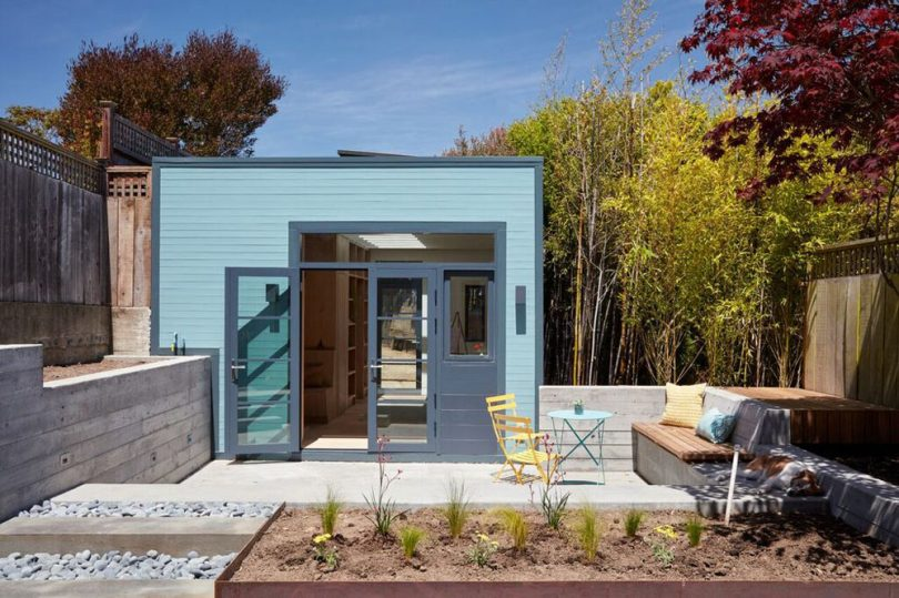 A Freestanding Garage Becomes a Light-Filled Painting Studio