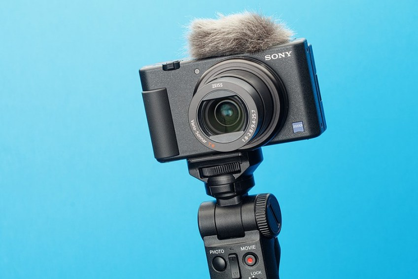 Sony's ZV-1 camera can now be used as a webcam over USB thanks to firmware version 2.00