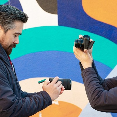DPReview TV: Fujifilm X-S10 vs Sony a6400 – two great cameras with different superpowers