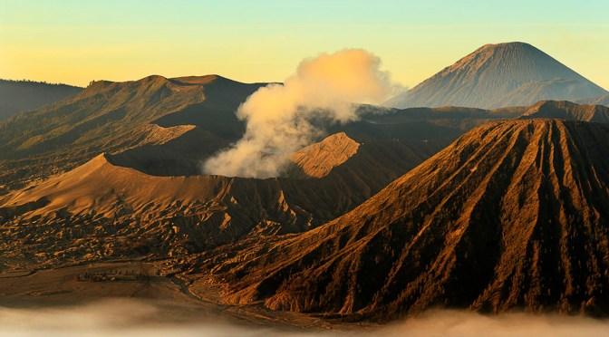 Povești cu vulcani II