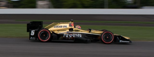 James Hinchcliffe started and finished third for his first podium of the season