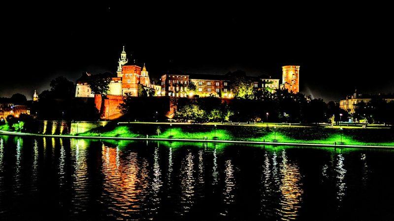 Krakow's Wawel Castle at night