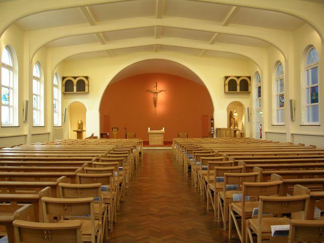 Weybridge-Chapel