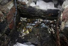 Hallan ofrenda de oro azteca enterrado en Ciudad de Mexico 2